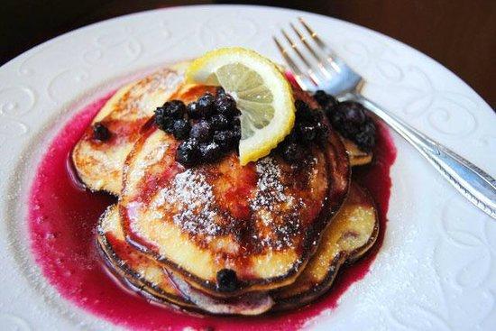 The Lasker Inn: Lemon Souffle Pancakes with Warm Blueberry Compote