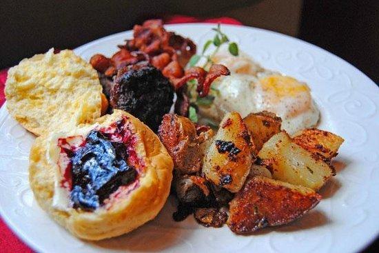 The Lasker Inn: Country Breakfast