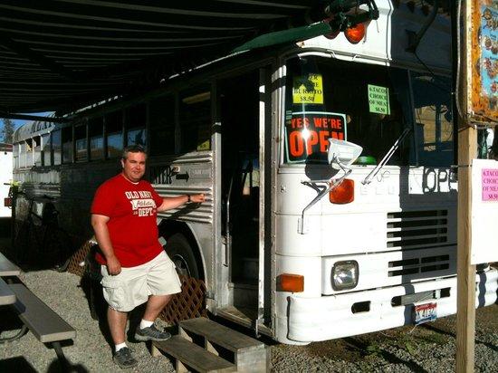 Taqueria Las Palmitas: Eatin' on a Bus
