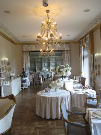 Chateau Mcely: Piano Nobile Restaurant