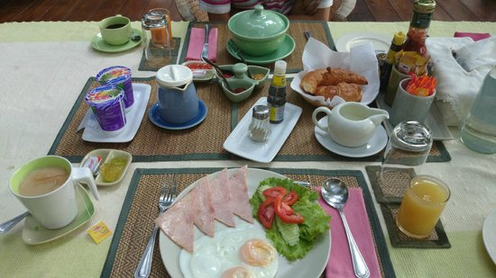 Fern Paradise : 豐盛的早餐