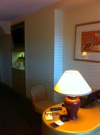 DoubleTree by Hilton Hotel Esplanade Darwin : Room