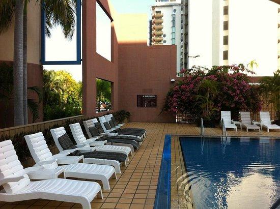 DoubleTree by Hilton Hotel Esplanade Darwin : Pool area
