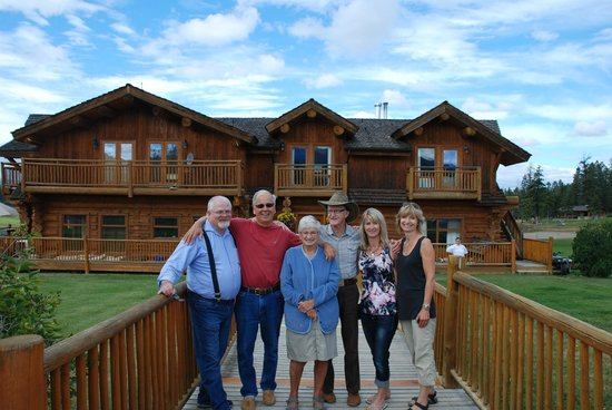 Echo Valley Ranch & Spa: Host Allen and Stelfox family