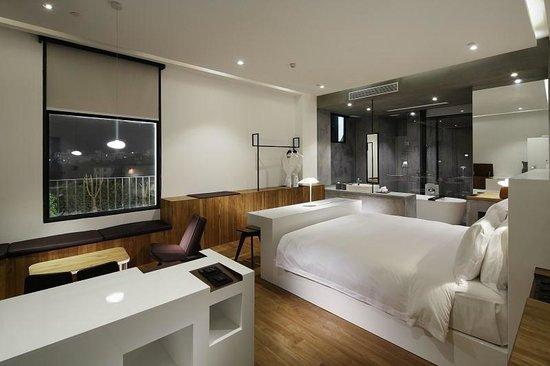 Hotel WIND: room