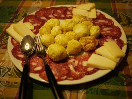Podere Valdibotte : Dinner starters