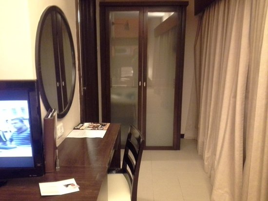 Sunway Pyramid Hotel: Superior Double (no view)