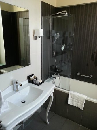 Hotel Stendhal Place Vendome Paris - MGallery Collection: Stendhal Place - Bathroom