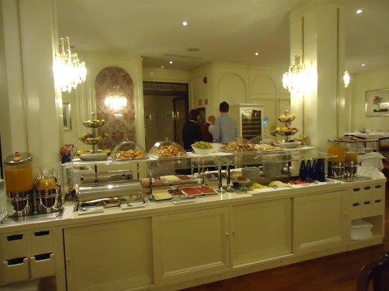 Hotel Liabeny: Excelente desayuno