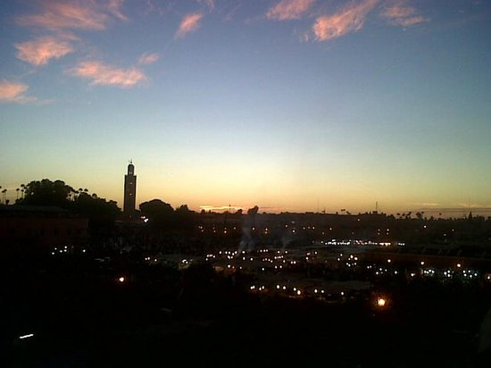 Riad Andalla: lumière vesperale depuis la terrasse