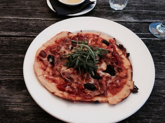 Box Stallion Winery: Pizza special of the day