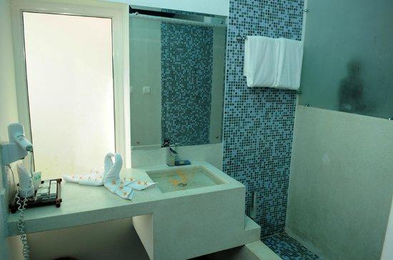 Suorkear Villa Resort: Family Suite bathroom