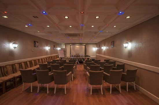 Saros Hotel: toplantı salonu