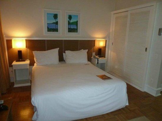 Vitoria Hotel Concept Campinas : Zimmer 809 - Bett