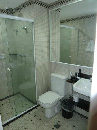 Vitoria Hotel Concept Campinas : Zimmer 809 - Bad