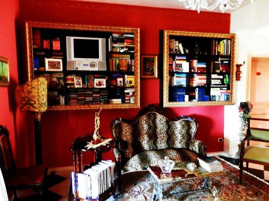Villa Sogno Charme e Relax Selinunte : LIBRERIA