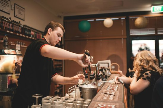 Great Northern Distillery: Tasting Room Bar