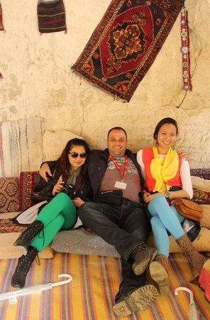 Travel Turkey - Day Tours: With travel buddy Whe Lorraine along with our extremely nice & cool - Mustafa Gulgen. Taken in t