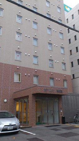 Hotel Econo Tsu Ekimae: ホテル正面