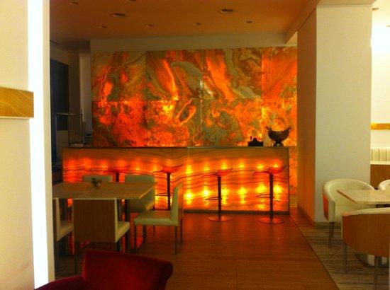 Cafe Onyx: angolo bar