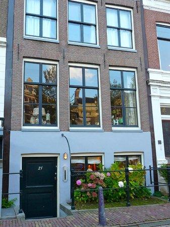 B&B Herengracht 21: la façade de la maison