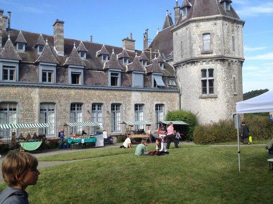 La Piazza: Visite unique au château de Durbuy