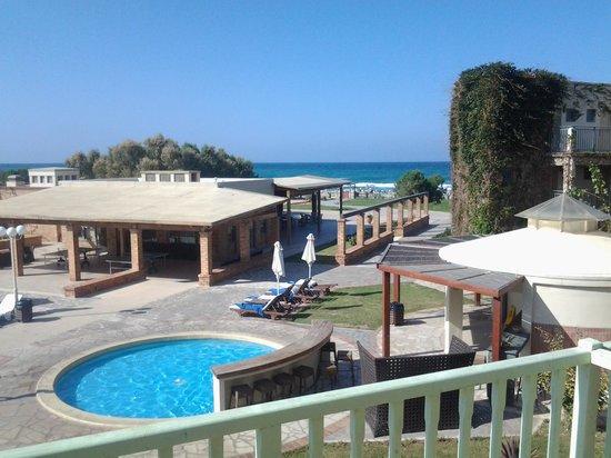 Bella Beach Hotel : bez opłat można dostać pok.z takim widokiem