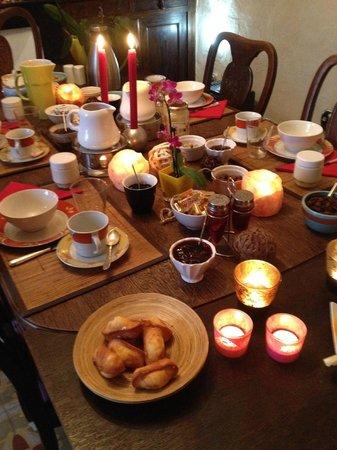 La Vieille Maison : Le petit déjeuner ... tout simplement