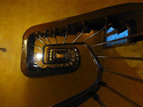 Hotel Andre Gill: La scala