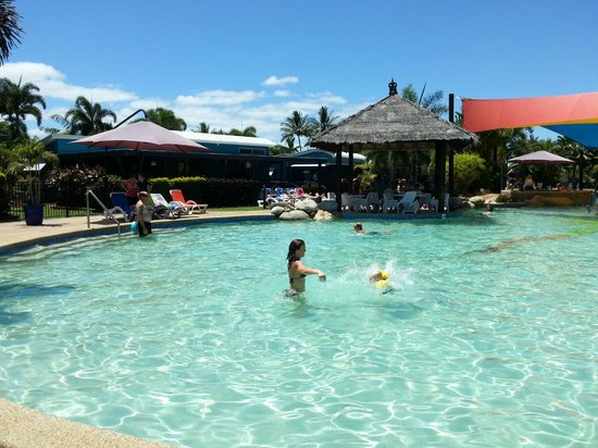 Cairns Coconut Holiday Resort: One of the swimming pools