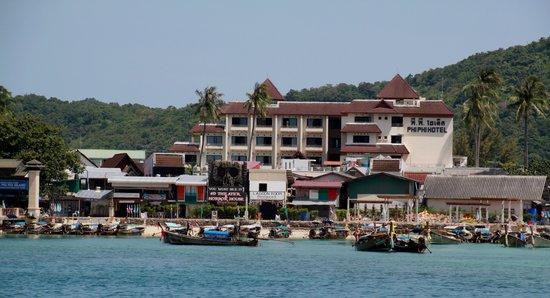 Phi Phi Hotel: Hotellet ved indsejling