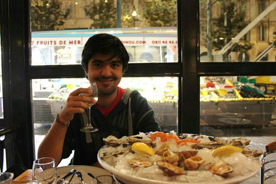 Toinou Les Fruits de Mer : nice atmosphere