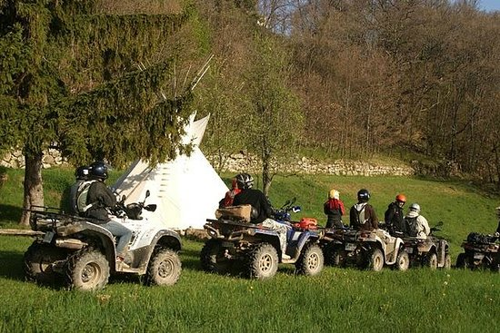 Dieulefit, ฝรั่งเศส: Weekend Quad chez Quadrome Evasion