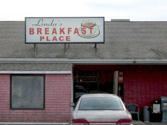 Linda's Breakfast Place: CORRECT PHOTOGRAPH OF LINDA'S PLACE