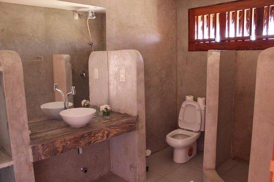 0031 Boutique Hotel & Restaurant : Salle de bain (chbre étage)