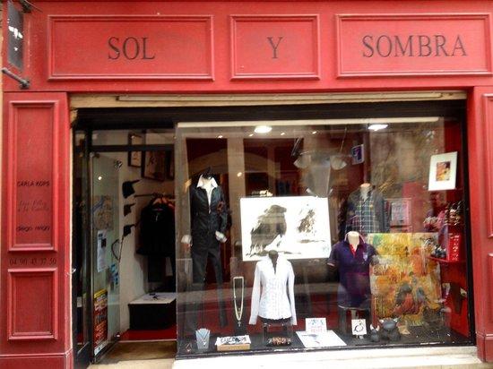 Boutique taurine Sol y Sombra, arles