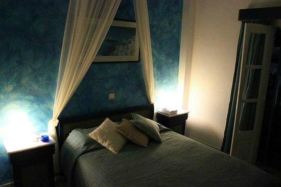 Evgenia Villas & Suites : Our room 109