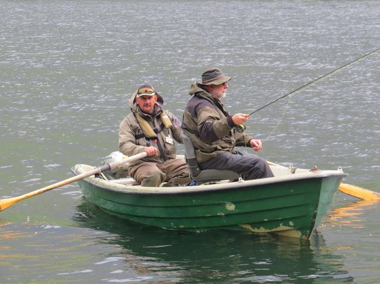 The Old Rectory on the Lake: Not so wild fisherman