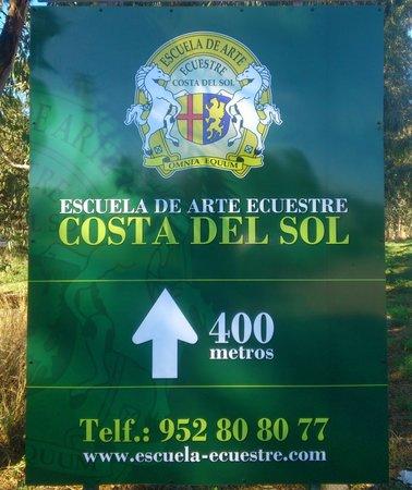 Estepona, Espagne : Cartel Escuela de Arte Ecuestre de la Costa del Sol