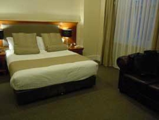 Clarion Hotel City Park Grand: room 25