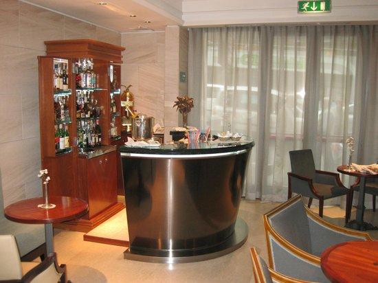 Hotel Stendhal: Sala de desayuno