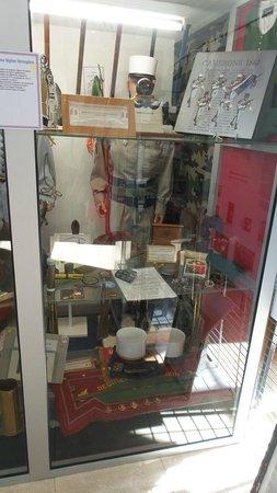 Centre Culturel De La Memoire Combattante : vitrine Légion