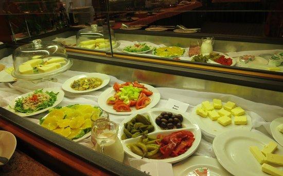Hotel Krka: Variation of food that give you a good start