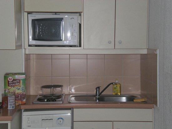 Residenz Maeva Les Cigales de Mer: kitchenette