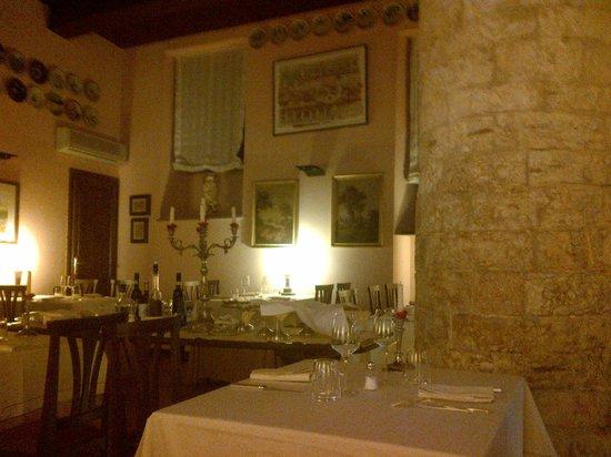 Taverna del Lupo: Sala