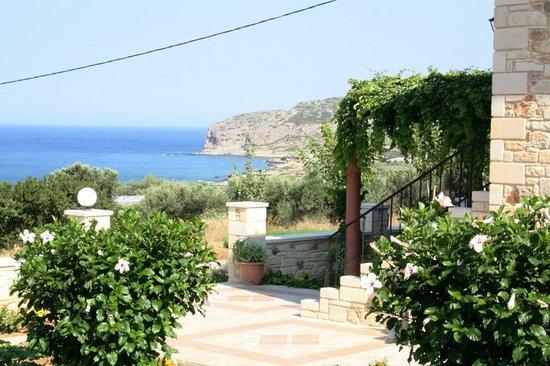Romantica Apartments-Rooms: view 1