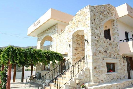 Romantica Apartments-Rooms: hotel 1