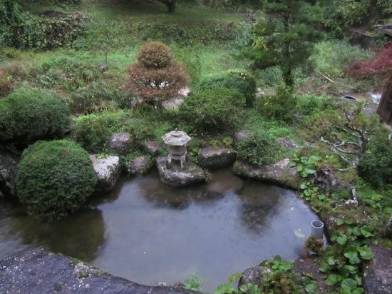 Minshuku Koshinzuka: room over looked this garden