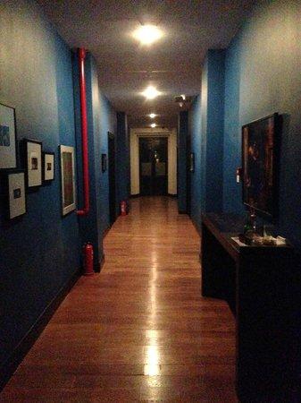 Beijing Yi - House Art Hotel: Quiet Hallway