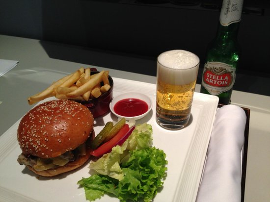 Gracie Art Hotel 798: Excellent Burger